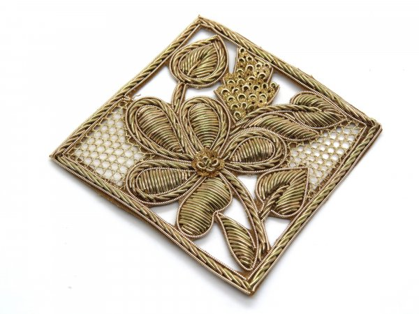 Pack of 2/3 pecs square shape handmade zardosi tikki cut work applique for bridal wedding dresses handwork motif patch