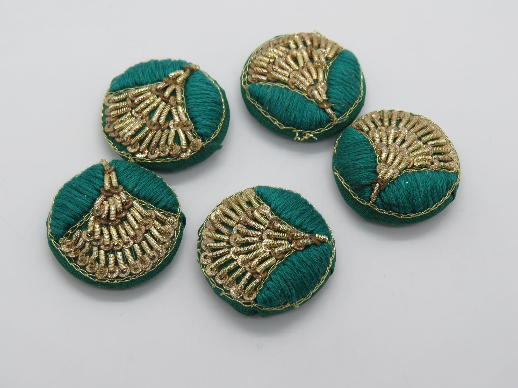 Hand Thred Tikki Zardozi work Embellishment Button Indian Fancy Zari Zardozi Bridesmaids Design Decorative Hand Crafted Fabric Thread Work Sewing Buttons